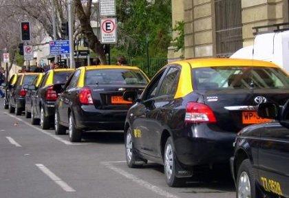 Таксомоторный сервис «Максим» начал работать на чилийском рынке