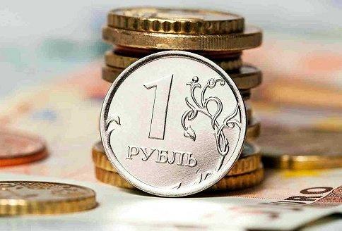 К весне следующего года доллар может вырасти в цене до 140 рублей