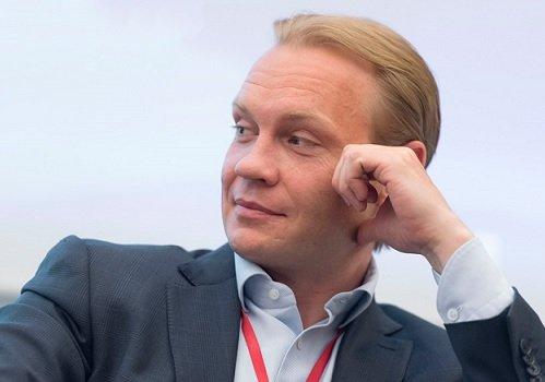 Бывший руководитель «России» трудоустроился во Внуково