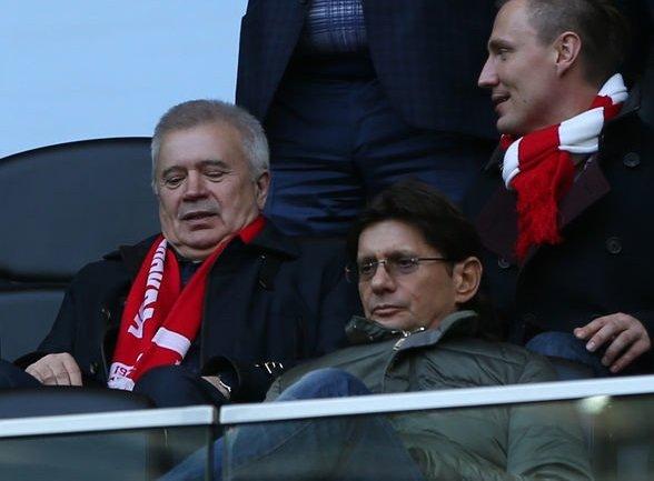 Акционеры «Лукойла» продают «КапиталЪ Управление активами»