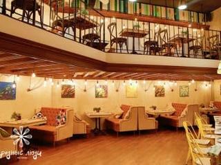 Московский ресторан «Родные люди»