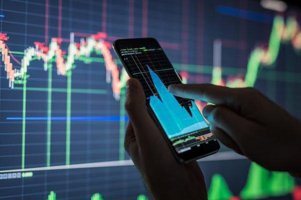 Отечественных инвесторов защитят от фейковых новостей