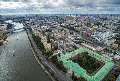 Стал известен покупатель участка Минобороны рядом с Кремлем