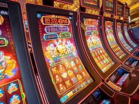 clubgaminator-slots com