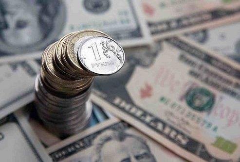 Сбербанк в очередной раз пересмотрел прогноз курса национальной валюты