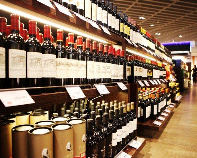 Импортный алкоголь столкнется с нехваткой марок