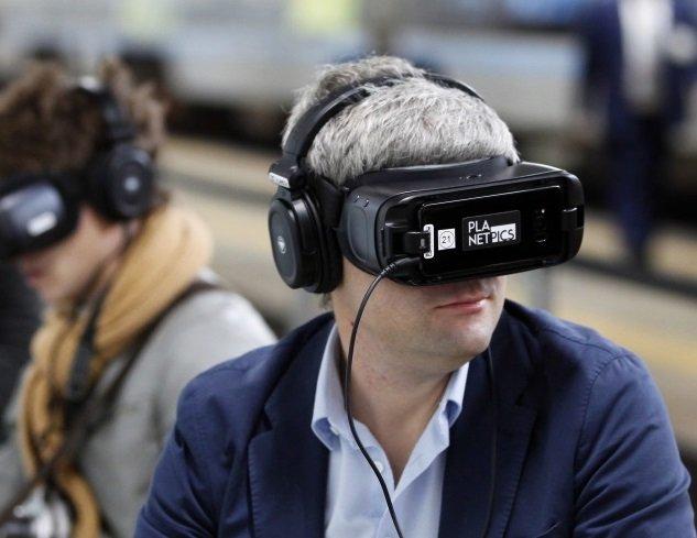 «Спасибо от Сбербанка» откроет сеть VR-кинотеатров