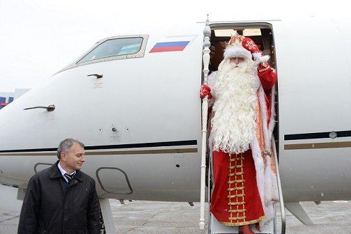 «Победа» пообещала бесплатно перевозить Дедов Морозов