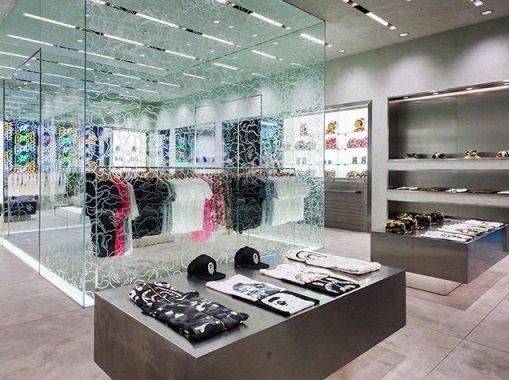 Японская «Bape» будет продавать одежду в ЦУМе
