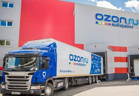 Ozon снизил стоимость платной доставки спустя три недели после ее запуска