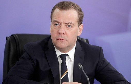 Правительство не планирует заимствовать у Китая опыт регулирования интернета — Д. Медведев