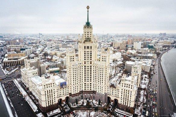 В Москве на торги выставлена 5-этажная квартира
