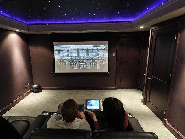 «QIWI» связала рост платежей в пользу онлайн-кинотеатров с популярностью «Игры престолов»
