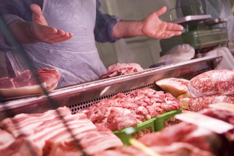 Рост производства мяса замедлился из-за низкого спроса