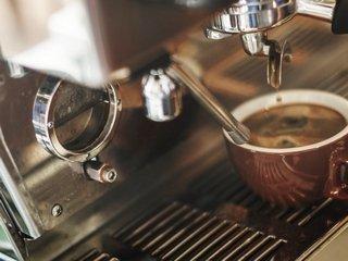 Зачем брать кофемашину в аренду?