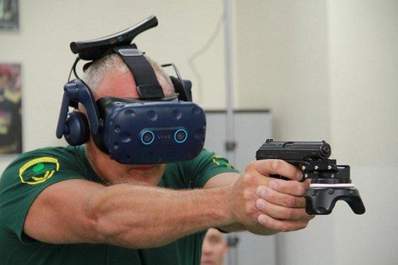 Охранники и инкассаторы Сбербанка впервые посетили VR- тренировку