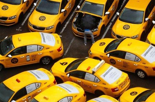 «Яндекс.Такси» начнет фиксировать усталость таксистов