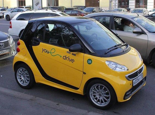 «YouDrive» позволит клиентам зарабатывать на подвозе попутчиков