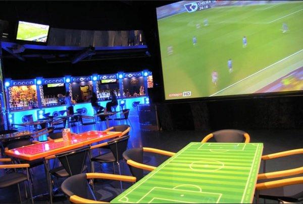 Смена владельца прав на трансляцию матчей АПЛ застала владельцев баров врасплох