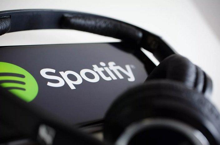 «Spotify» откладывает выход на российский рынок