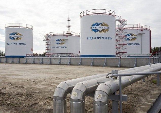 «Сургутнефтегаз» придал ускорение российскому фондовому рынку