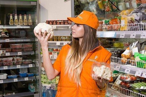 «Азбука вкуса» договорилась с Instamart о доставке продуктов