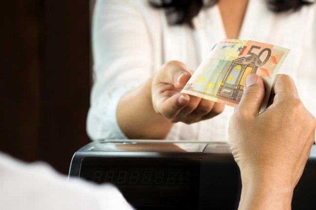 Минфин согласовал отрицательные ставки по валютным депозитам