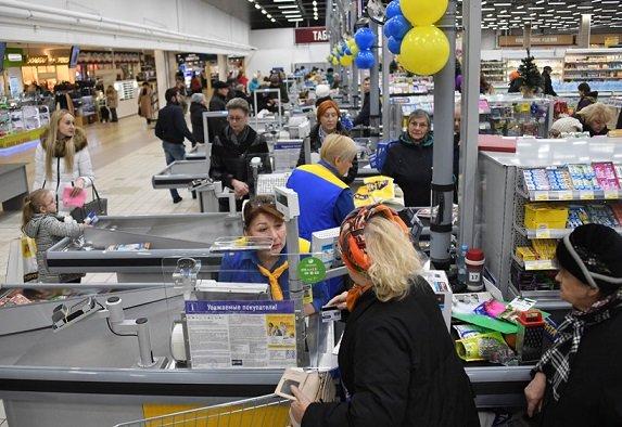 Россияне смогут платить за коммуналку прямо на кассах магазинов