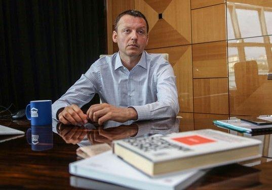 Собственник ПИКа проспорил искусствоведу 1 млн USD