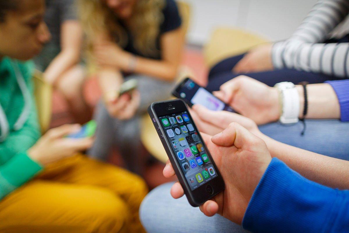 Россиянам нужно готовиться к дальнейшему удорожанию мобильной связи