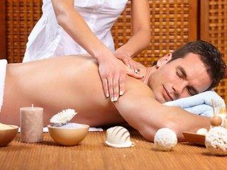 Чем эротический массаж отличается от обычного?