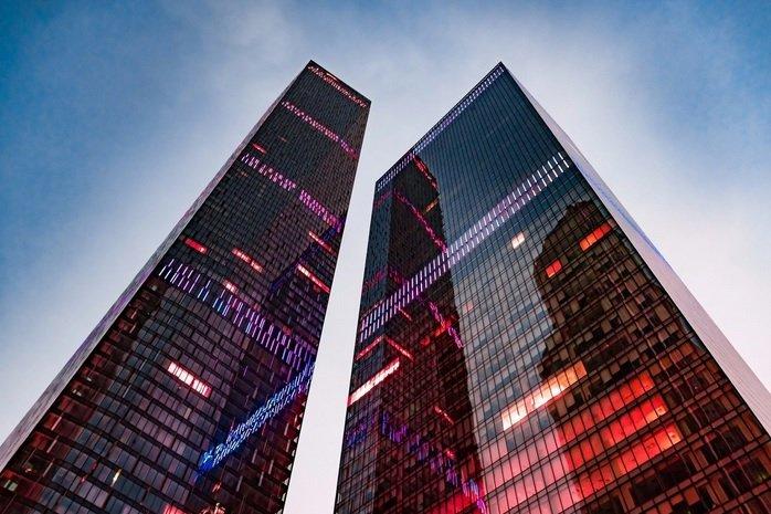 «Модульбанк» может съехаться с банком «Восточный» в башне «Око»