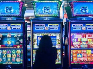 Как не попасть в руки мошенников, играя в онлайн-казино?