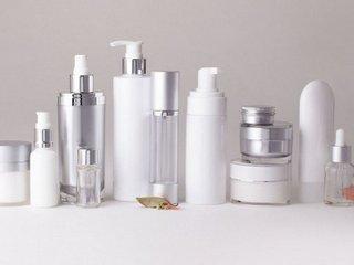 Разные виды упаковки для косметики и бытовой химии