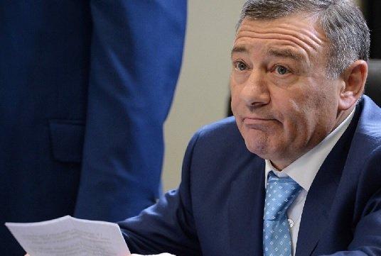 Росимущество продаст Ротенбергу 30,5% акций Шереметьево