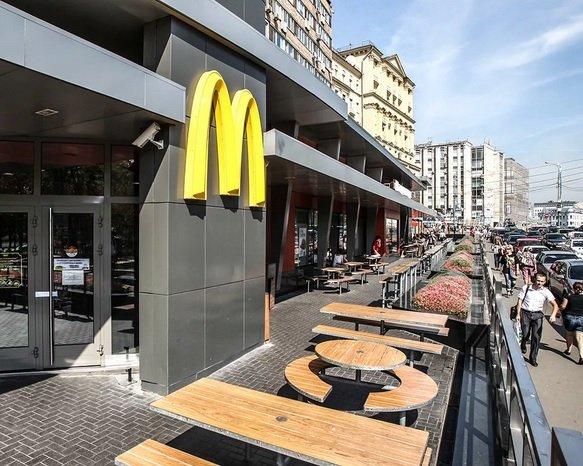«Макдоналдс» первой среди российских сетей фастфуда открыла dark kitchen