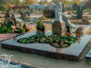 Как выбрать материал для надгробного памятника