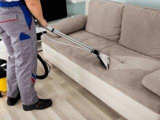 Когда нужна химчистка мягкой мебели и ковров?