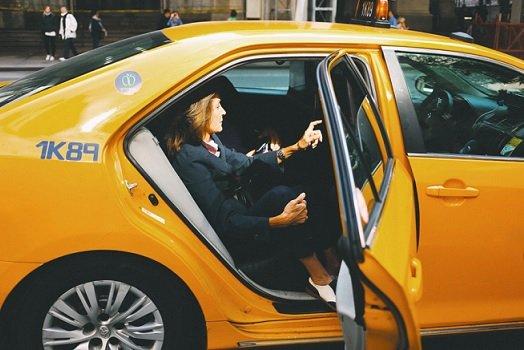 Мошенники начали использовать такси для хищения средств с карточных счетов