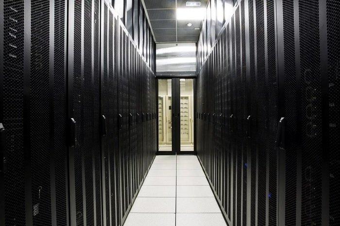 «ВЭБ.РФ» хочет получить контроль над дата-центром «Xelent»