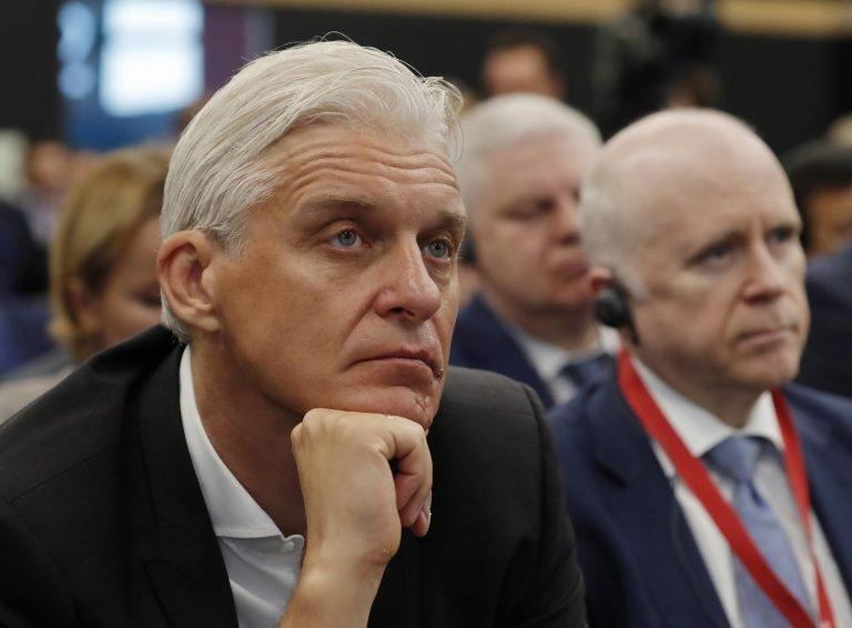 Олег Тиньков хочет защитить банк от претензий американской налоговой службы