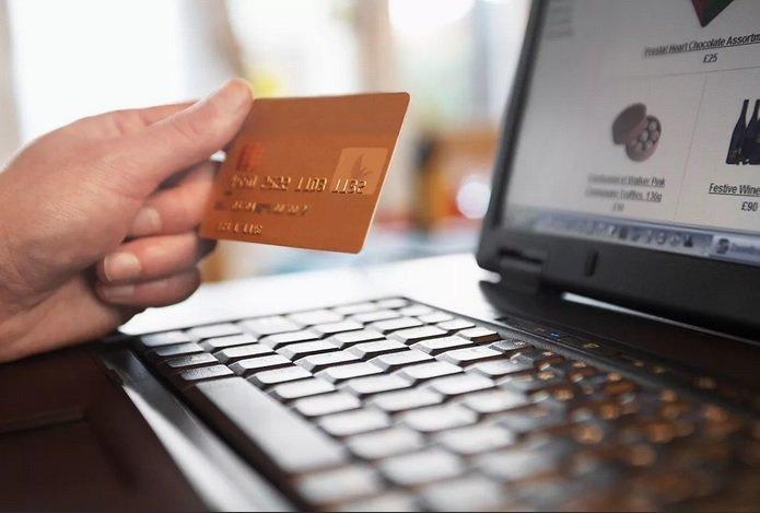 Меры ЦБ вынуждают банки отменять кэшбэк за онлайн-покупки