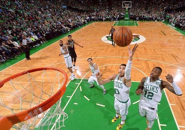 Интернет-кинотеатр «Megogo» выкупил права на трансляцию матчей NBA