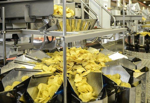«Mondelez» хочет выпускать чипсы «Estrella» в России