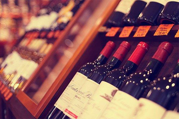 Фонд Андрея Кривенко инвестировал в торговлю вином