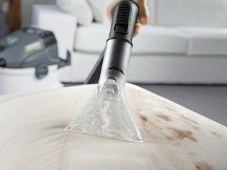 Безопасная самостоятельная химчистка мягкой мебели: основные правила
