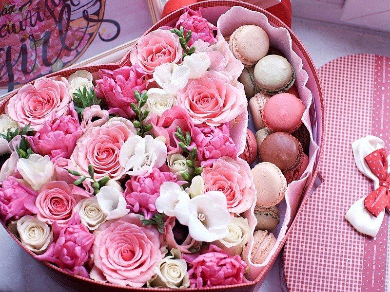 Самые оригинальные букеты цветов для именинников