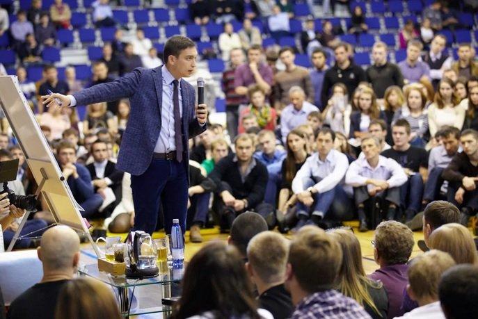 Петр Осипов объявил о закрытии проекта «Бизнес молодость»