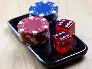 Преимущества игры в мобильное казино МоноСлот на рубли