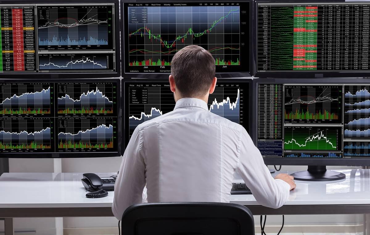 НАУФОР попросила Минфин скорректировать налоговое законодательство в целях дальнейшего развития фондового рынка